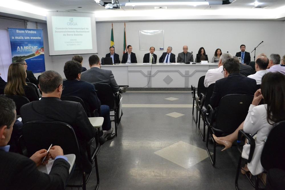 Reunião da Amesne no TCE